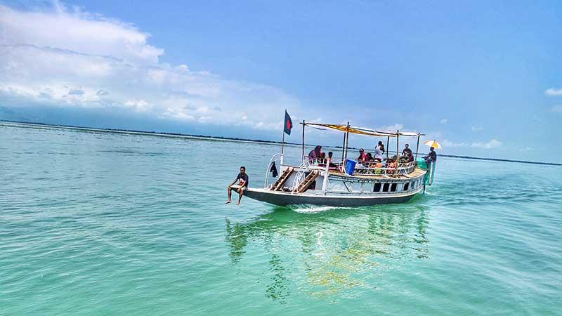 Tanguar Haor tourist boat
