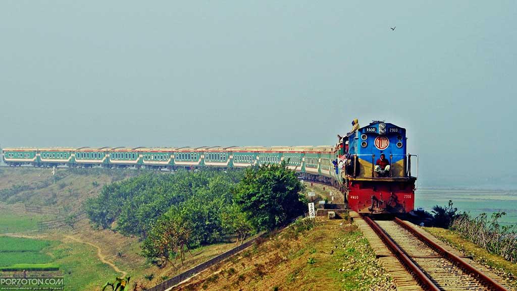 Parabat Express train schedule and ticket price 2020