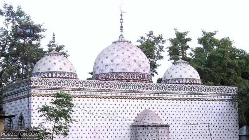 Star Mosque Tara Masjid, a rear view.