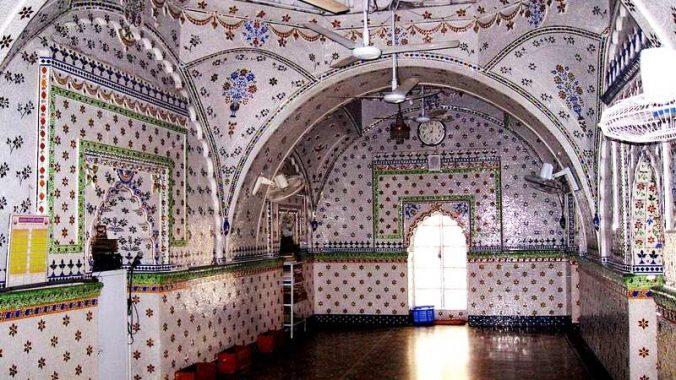 Star Mosque (Tara Masjid) interior view.